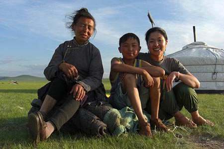 2016年4月~10月 夏季のモンゴル...
